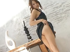 Lascivious Japanese chick ravishes a lusty jock with her throat